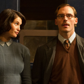 Confira os stills e posteres de Their Finest